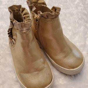 Other - Precious gold zipper boot/sneaker!